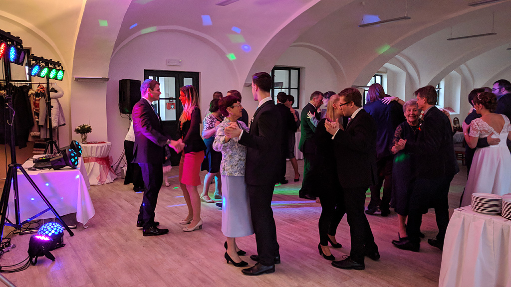 DJ Jirka Březina - svatební párty